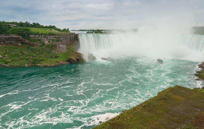 Magnificence de chutes du Niagara, Canada images stock