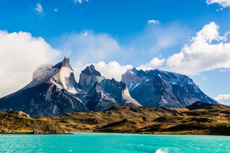 Magnificent Torres del Paine imagen de archivo