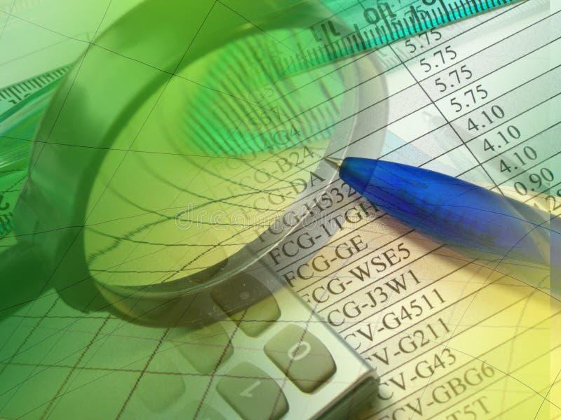 Magnifier, pen, heerser en calculator royalty-vrije stock foto