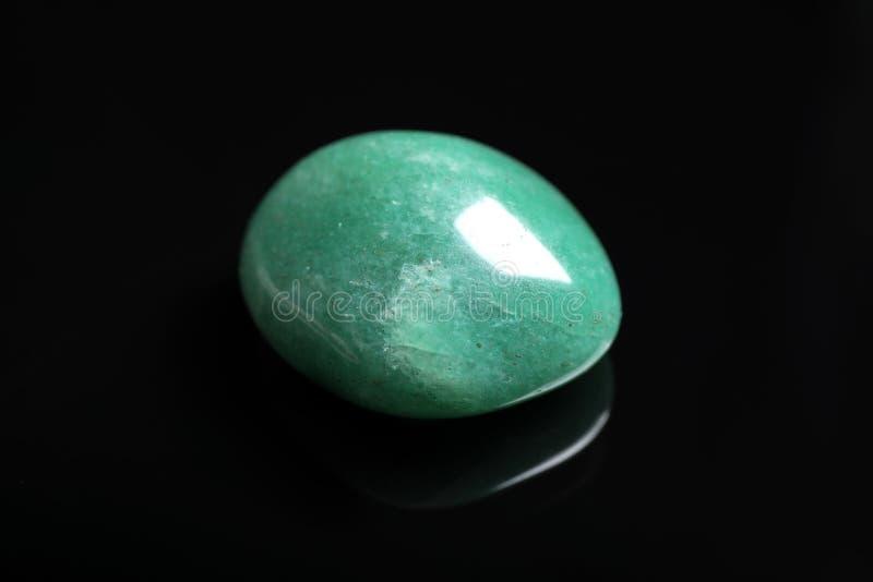 Magnifique gemstone vert d'aventurine photo libre de droits