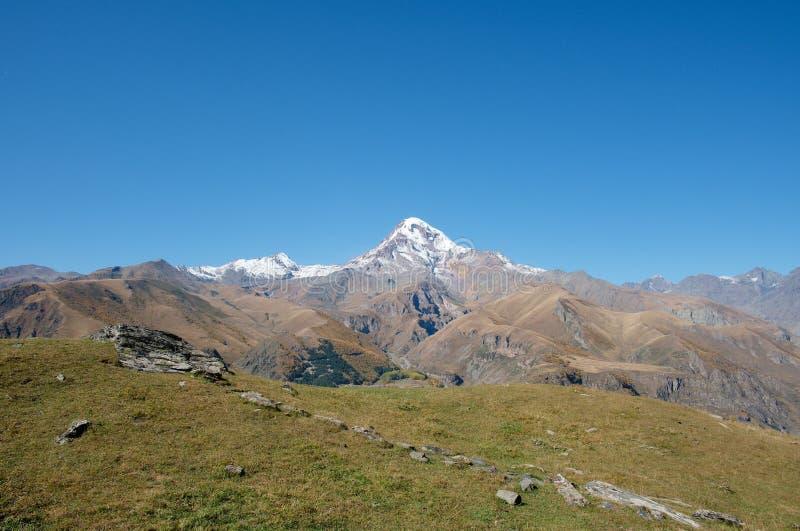 Magnifique paysage de Kazbegi en Géorgie photo libre de droits