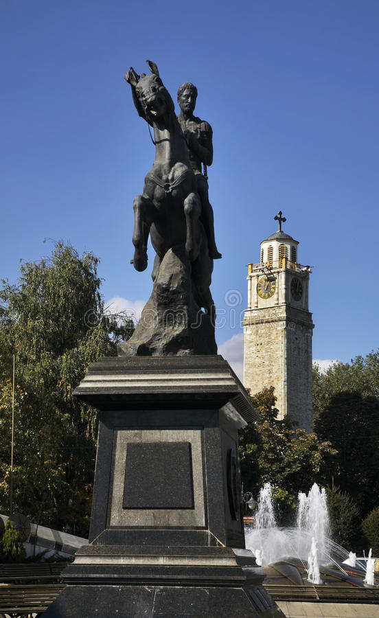 Magnolienquadrat Monument zu Phillip II in Bitola macedonia lizenzfreies stockfoto