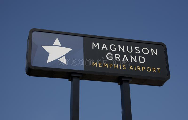 Magnuson Grand Hotel Memphis Tennessee Editorial Stock Photo Image Of Location Downtown 124819918
