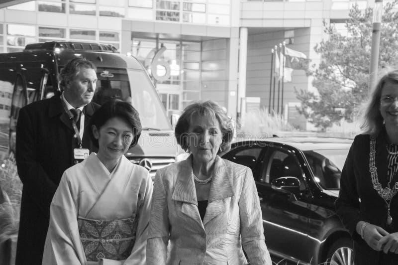 Magriet公主和秋筱宫At The World公主论坛小室Haag 对世界会议的仪式关于对抗TB的在Bl 图库摄影