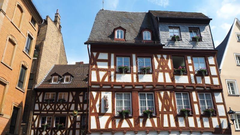 Maguncia, Alemania Media casa vieja de la madera en el centro de ciudad histórico foto de archivo libre de regalías