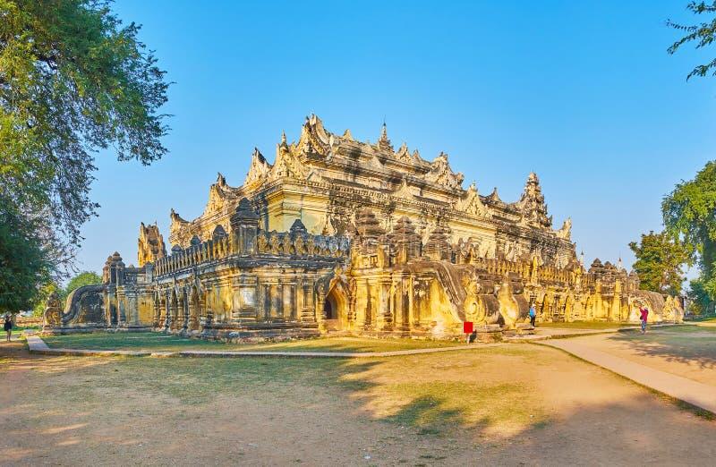 Maha Aungmye Bonzan Monastery, Ava, Myanmar stockbild