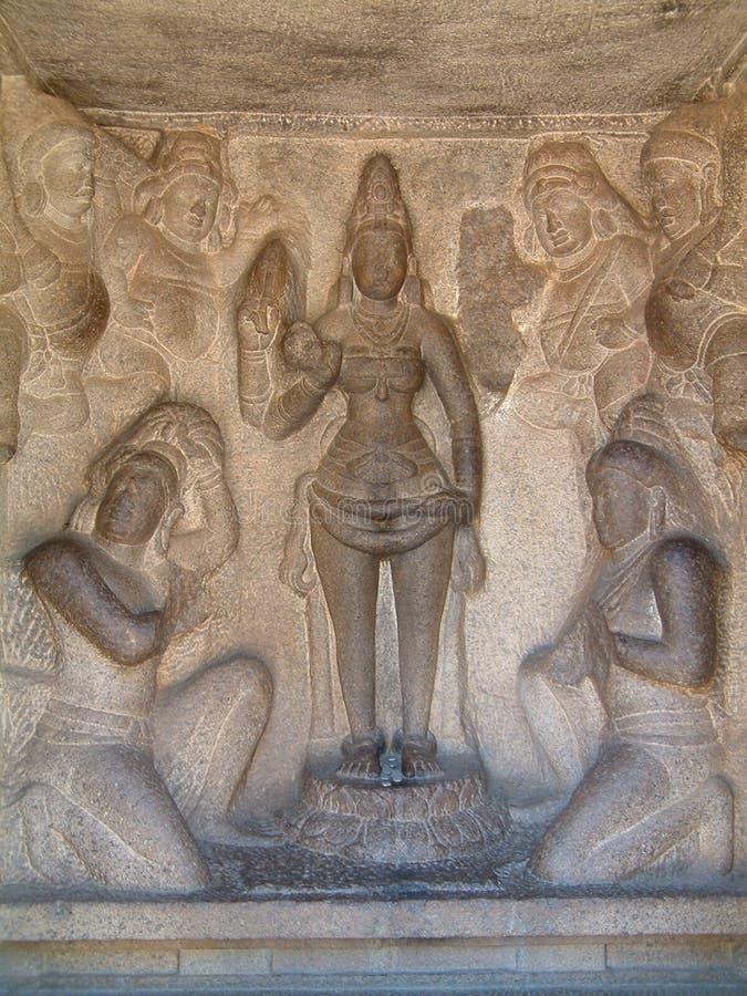 mahabalipuram basowa zwolnień do świątyni fotografia stock