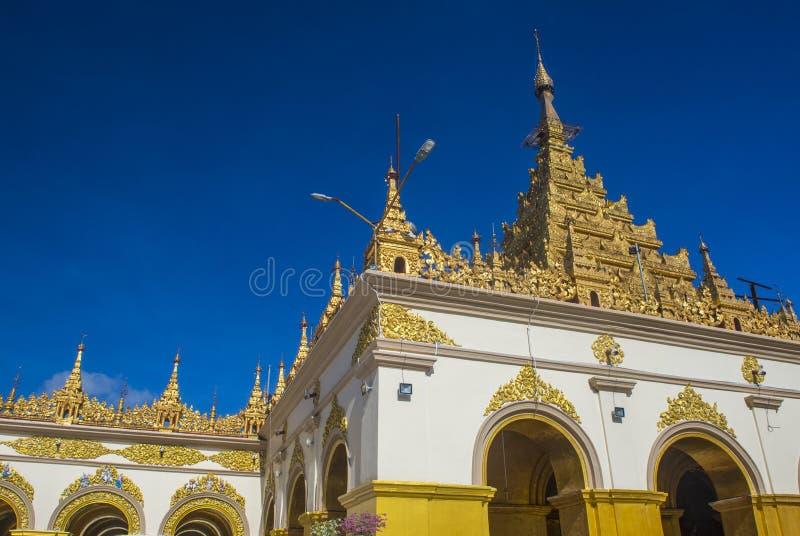 Mahamuni pagoda w Mandalay, Myanmar obrazy royalty free