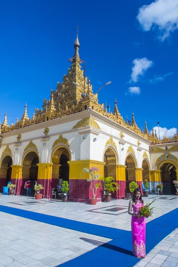 Mahamuni pagoda w Mandalay, Myanmar zdjęcia stock