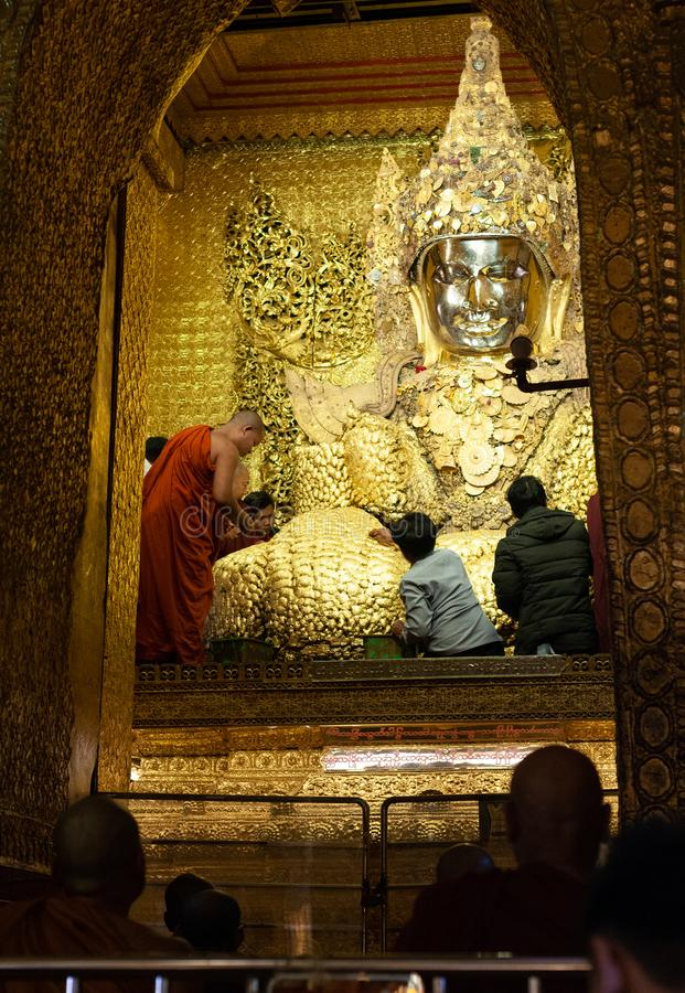 Mahamuni Paya Mandalay imagem de stock royalty free