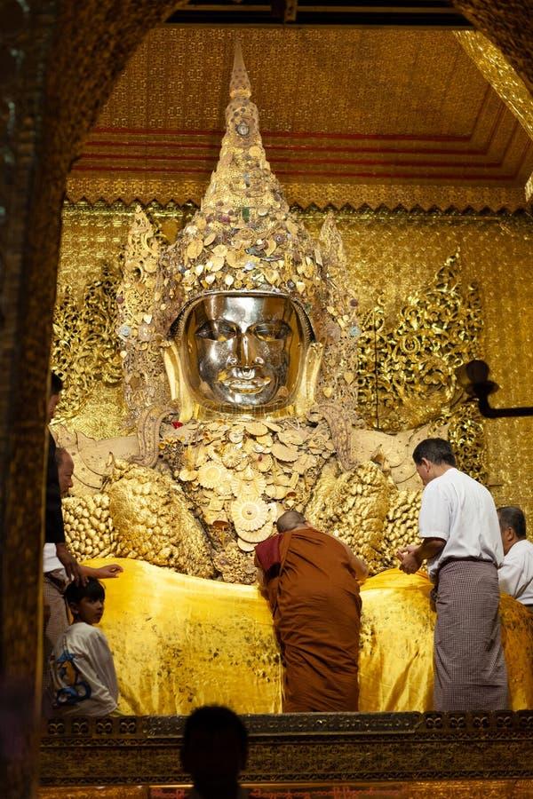 Mahamuni Paya Mandalay imagens de stock royalty free