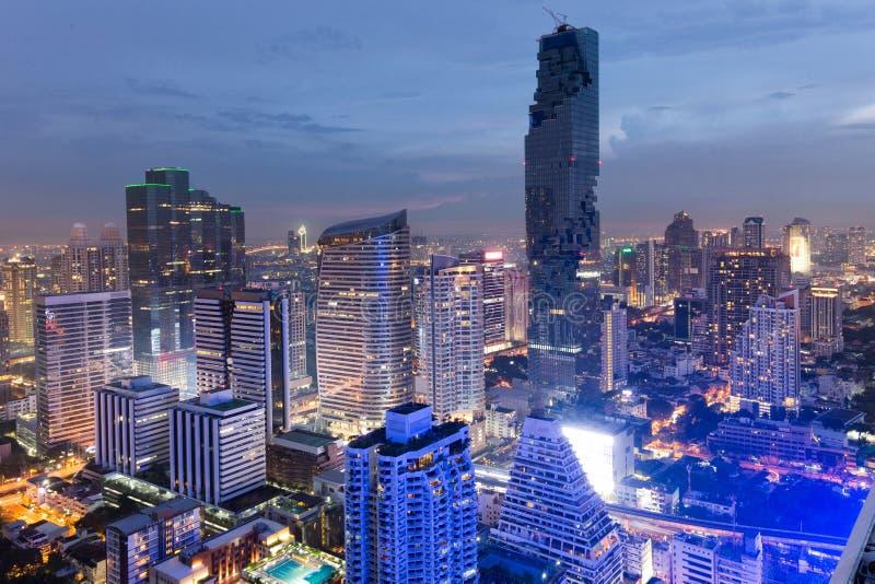 MahaNakhon torn i Bangkok arkivfoton