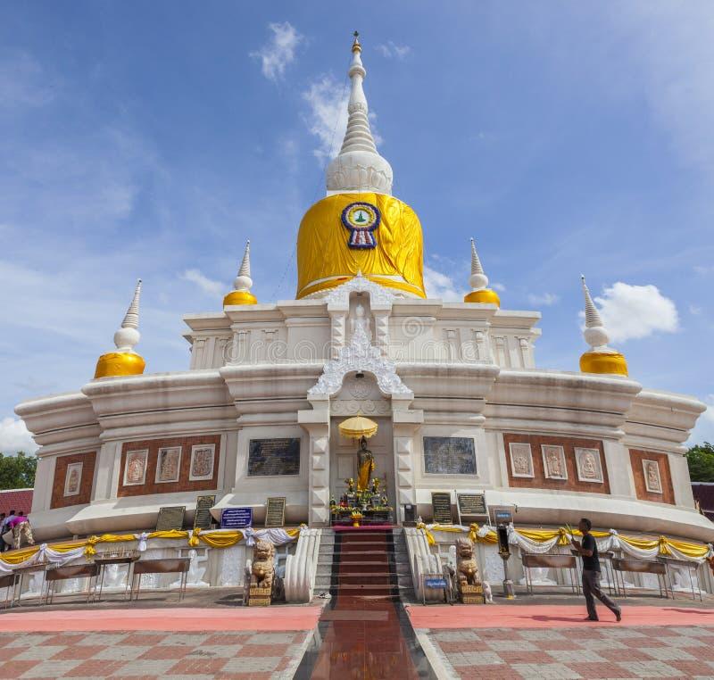 MAHASARAKHAM THAILAND - JULY8,2017 : thai buddhist praying around Prathat Nadun pagoda most important buddhism place in royalty free stock photos