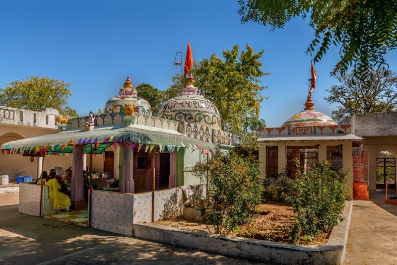 Mahashivratri-Dekoration auf altem shiva Tempel Kukadia IDAR Sabarkantha GUJARAT lizenzfreies stockbild