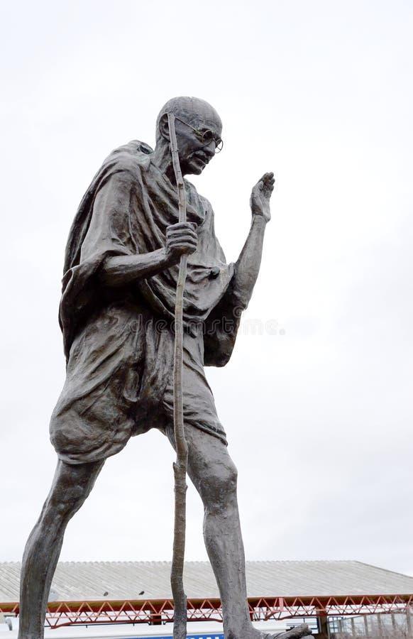 Mahatma Gandhi brons royaltyfri fotografi