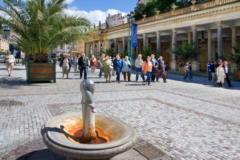 Mahlen Sie Kolonnade in der Badekurortstadt Karlovy Vary, West-Böhmen, Tschechische Republik lizenzfreies stockbild