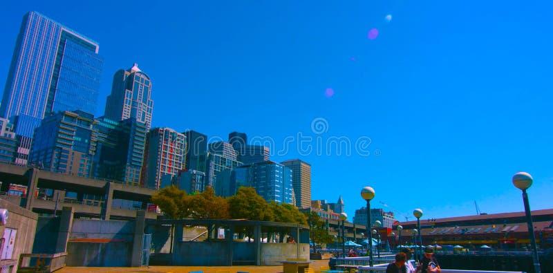 MAI 6 de Seattle, Washington, EUA, 2019 na cidade Seattle, uma mistura de bens imobiliários residenciais comerciais e crescentes, imagem de stock royalty free