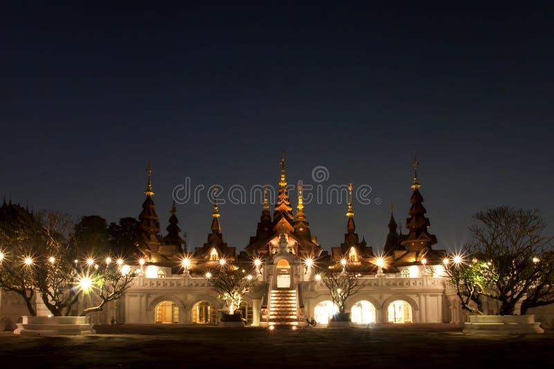 MAI DI CHAIANG, TAILANDIA - 26 GENNAIO 2014: La località di soggiorno di lusso: M. immagini stock libere da diritti