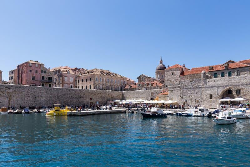 5. Mai 2019 Dubrovnik, Kroatien Alter Stadthafen stockbilder