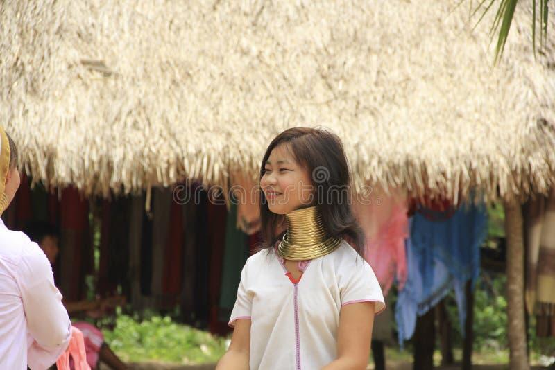 11 mai 2011, femmes thnic de voyage de Pattaya, Thaïlande Padaung images stock