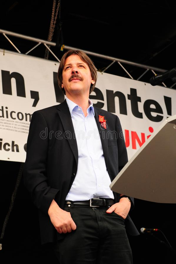 1. Mai: National councillor and SGB-labour president Paul Rechsteiner speaking in Zürich at Bürkliplatz in front of labour stock photography