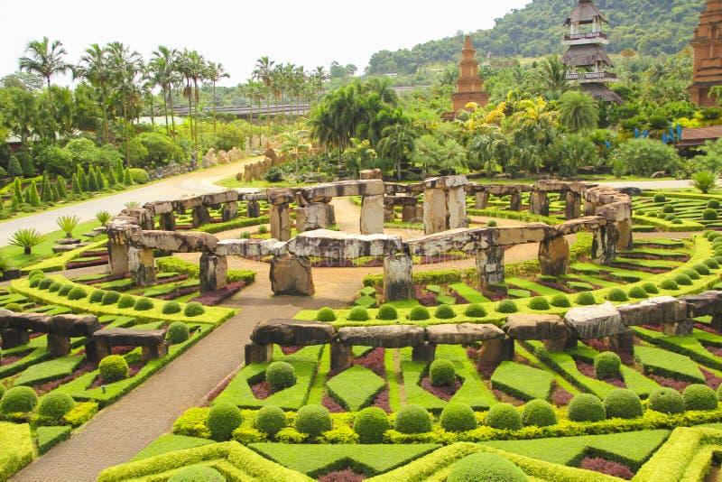 6 mai 2011, parc tropical Nong Nooch, tourisme extérieur coloré de point de repère de botanique de la Thaïlande Pattaya d'histoir photos libres de droits