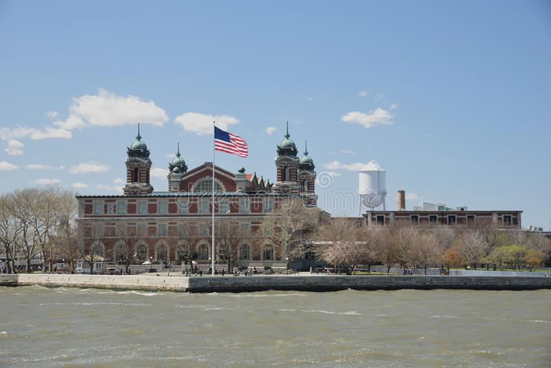 15 mai 2017, port de New York, Ellis Island Le point d'Ellis Island The Famous Immigration d'entrée dans le port de New York est  images libres de droits