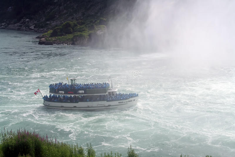Download Maid In The Mist, Niagara Falls Editorial Stock Photo - Image: 21358343