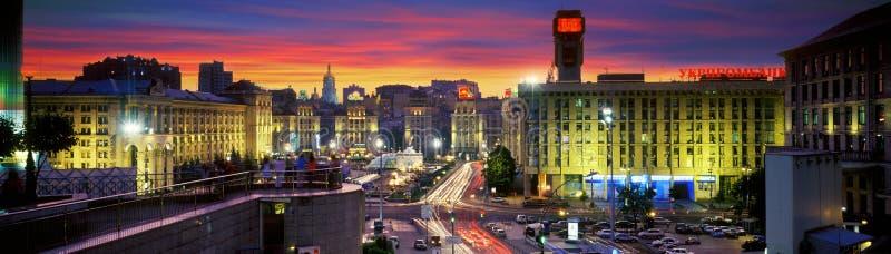 Maidan particolarmente bello alla notte immagine stock libera da diritti