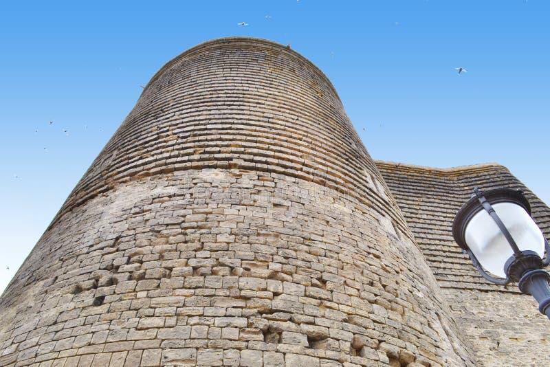 MaidenTower i Baku fotografering för bildbyråer
