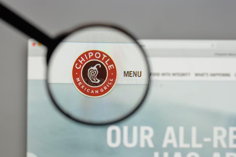 Mailand, Italien - 10. August 2017: Chipotle-mexikanisches Grilllogo auf t stockbild