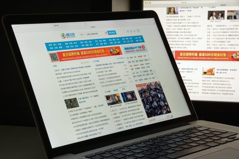 Mailand, Italien - 10. August 2017: QQ COM-Websitehomepage Tencent stockbilder