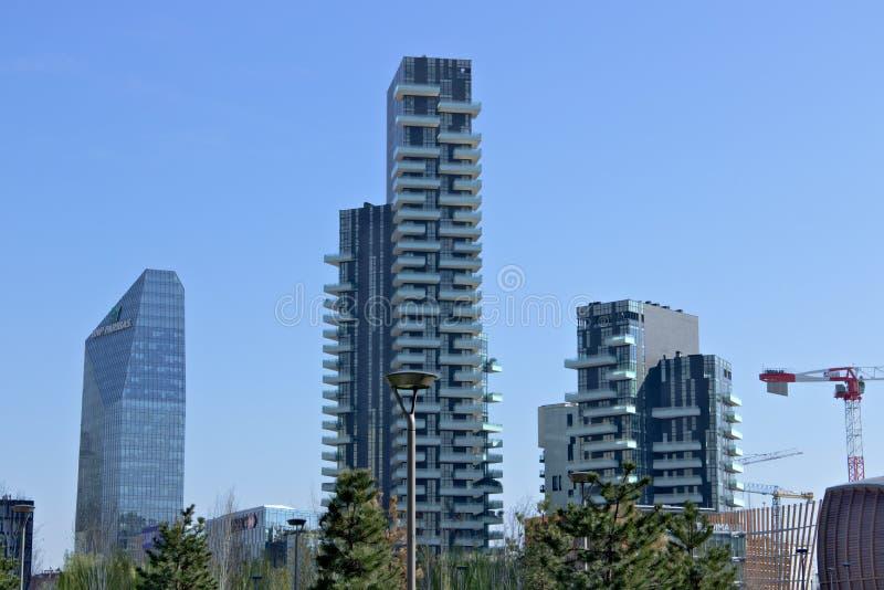 Mailand, Italien 21. M?rz 2019 Wohnkomplex von Torre-Solarien, von Torre-Arie und von Torre-Solea lizenzfreie stockfotografie