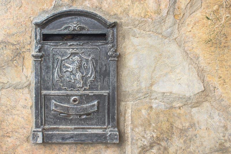 Download Mailbox photo stock. Image du mailbox, société, objet - 56476910