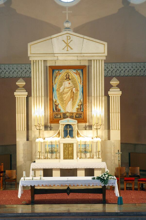 Free Main Altar In The Church Of The Sacred Heart Of Jesus, Salata In Zagreb Royalty Free Stock Photos - 177131058