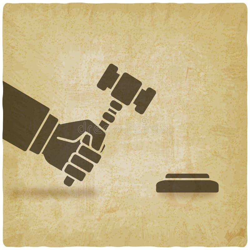 Main avec le marteau de vente aux enchères ou le marteau de juge illustration stock