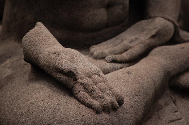 Main cassée dans la pierre photos libres de droits