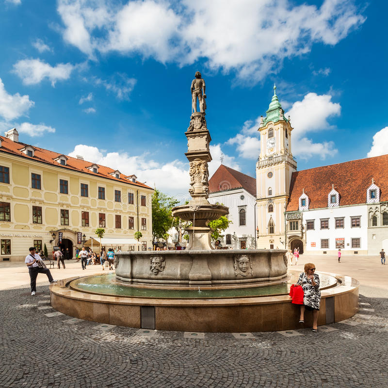 Download Main City Square In Old Town In Bratislava, Slovakia Editorial Stock Photo - Image: 30943238