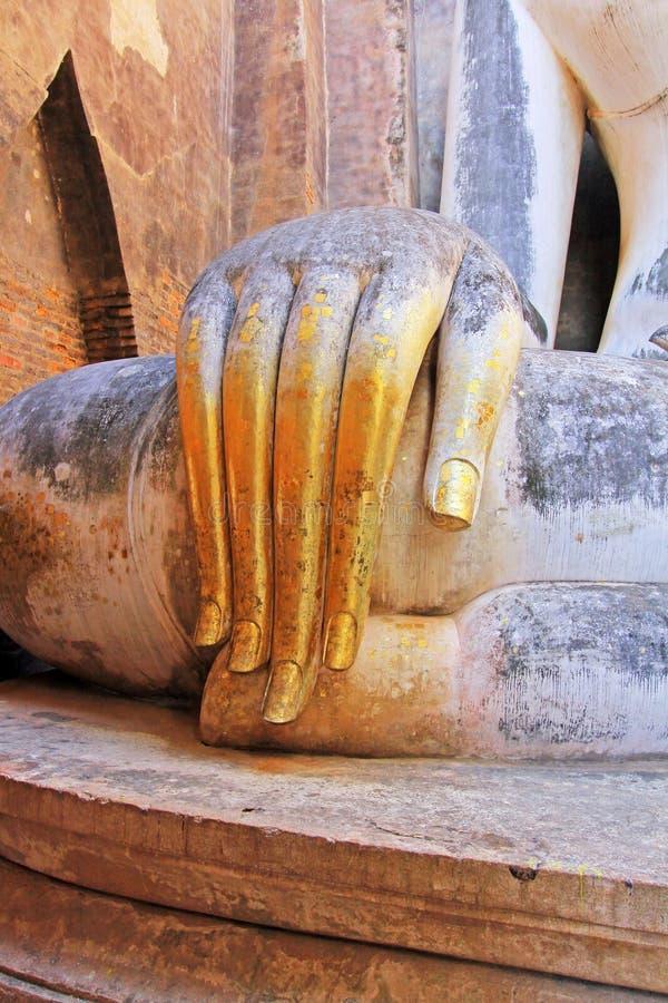 Main d'image de Bouddha en Wat Si Chum, Sukhothai, Thaïlande photos stock