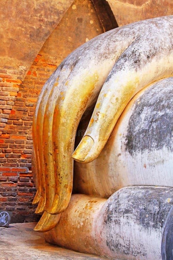 Main d'image de Bouddha en Wat Si Chum, Sukhothai, Thaïlande images stock