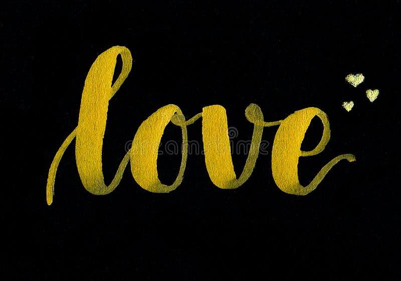Main de ` d'amour de ` marquant avec des lettres l'inscription d'or avec des coeurs d'or pour le jour du ` s de Valentine ou comm illustration libre de droits