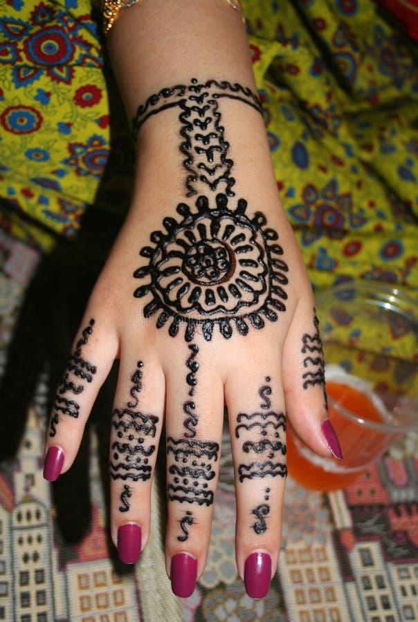 Main de henné images stock