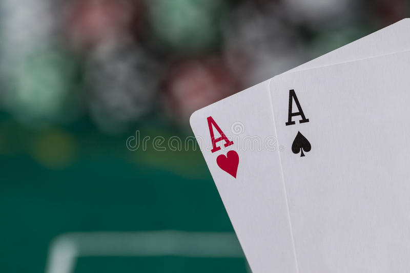 Main de poker Wining image stock