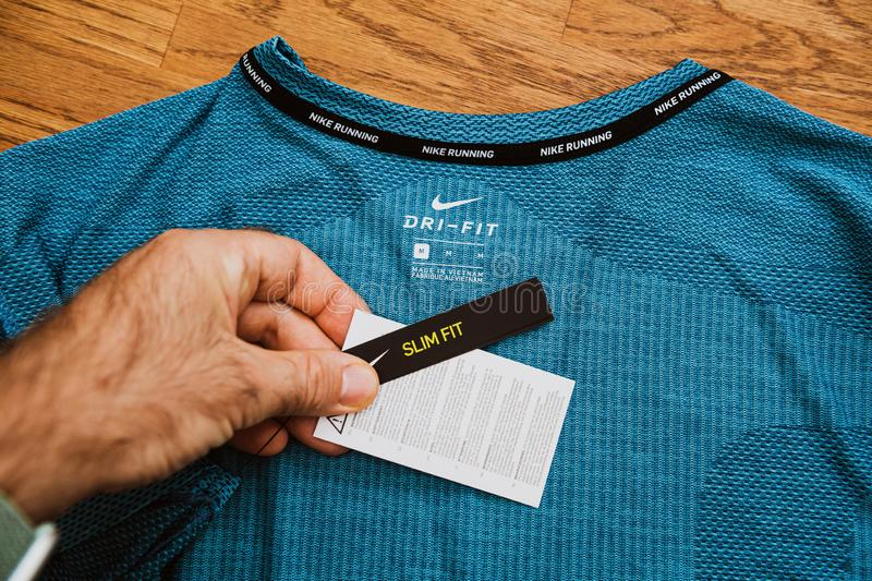 Main POV D'homme Du Nouveau T shirt De Nike Sports Clothes