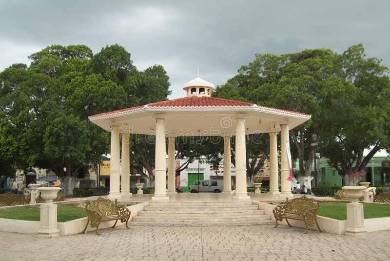 Download Main Square In Mexican Town Stock Image - Image: 7221231