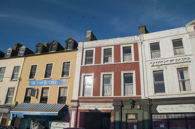 Main Street de Bantry en el condado Cork Ireland imagen de archivo libre de regalías