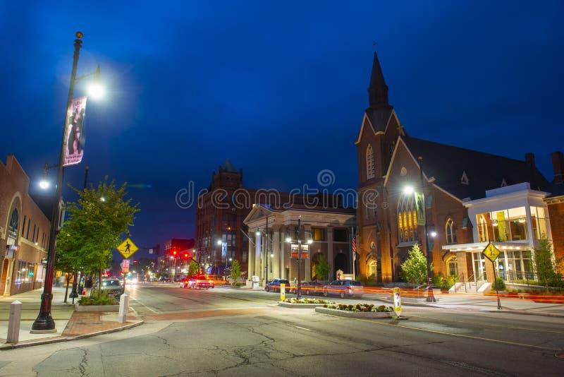 Main Street Jednoczył kościół metodystów, Nashua, NH, usa zdjęcia royalty free
