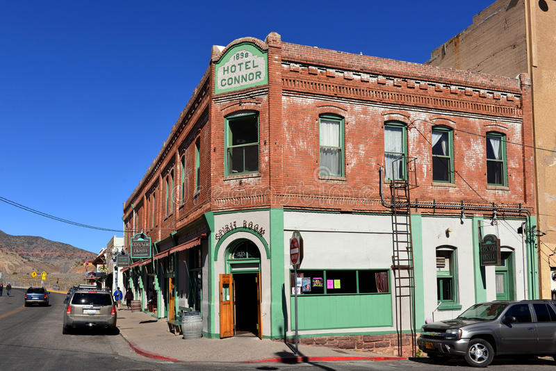 Main Street in Jerome Arizona stock foto's