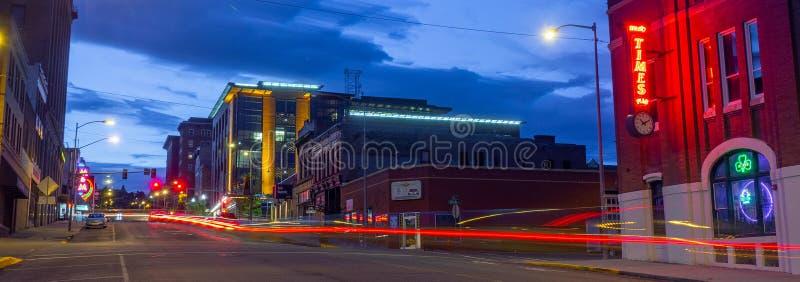 Main Street la nuit, butte de la ville haute historique photographie stock