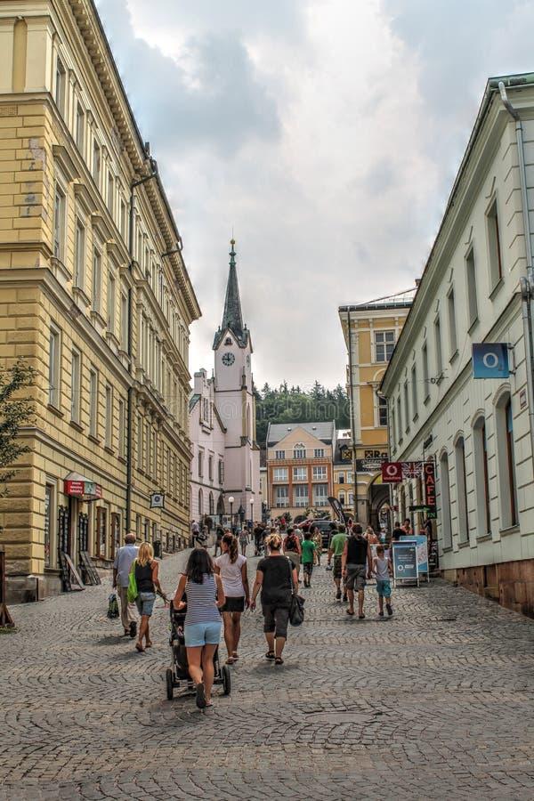 Main Street van Trutnov in de Tsjechische Republiek stock foto's